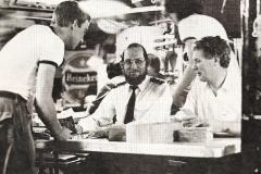 Uitbetalen havengeld Hr.Ms. Holland 1976
